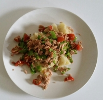 Tuna and Mange Tout